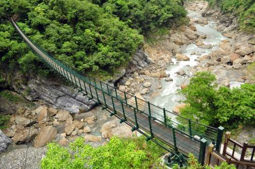 An interesting perspective on a bridge in Taroko Gorge