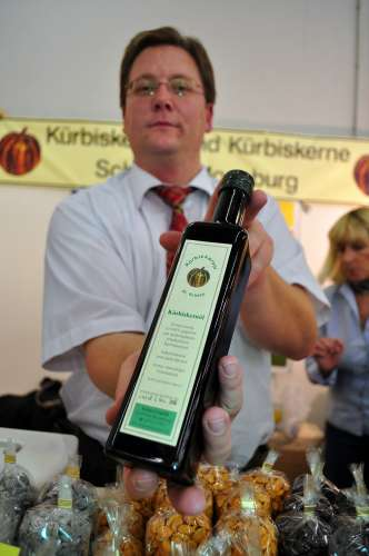 Pumpkin seed oil from Dr. Schätzl of Moosburg