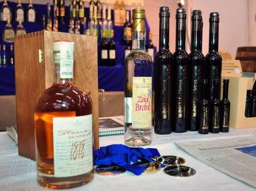 Specialty liqueurs from Steinwälder Hausbrennerei Schramml