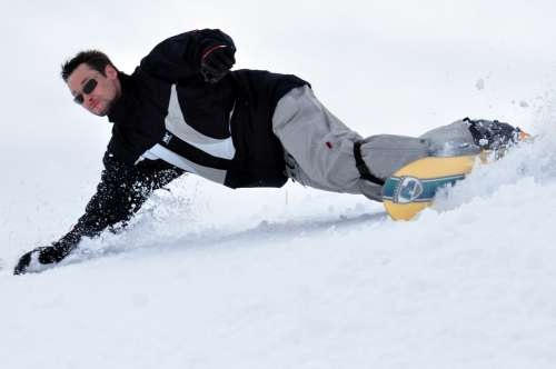 Bernd Snowboard Frontside Carve F2