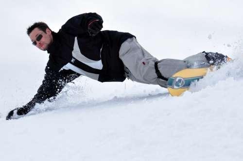 Bernd Snowboard Frontside Carve F2