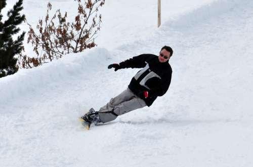 Bernd Snowboard Backside Carve F2