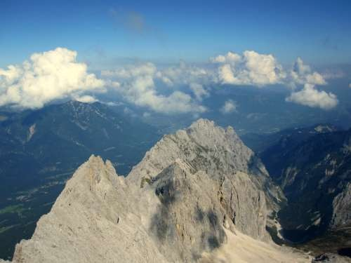Nearing the top of Zugspitze