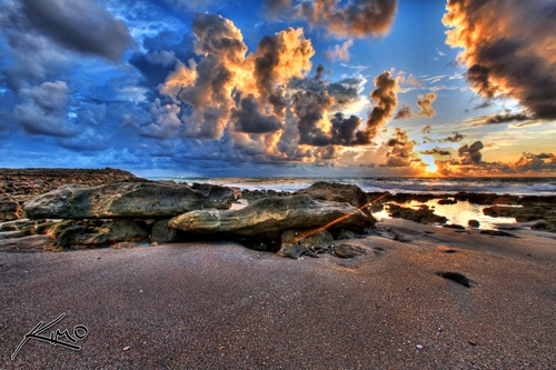 01_blowing-rocks-sunrise