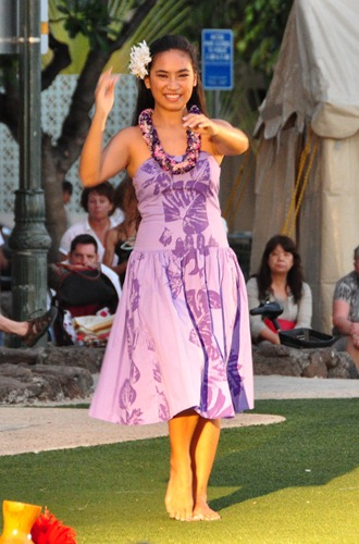 Hula Dancer on Waikiki Beach
