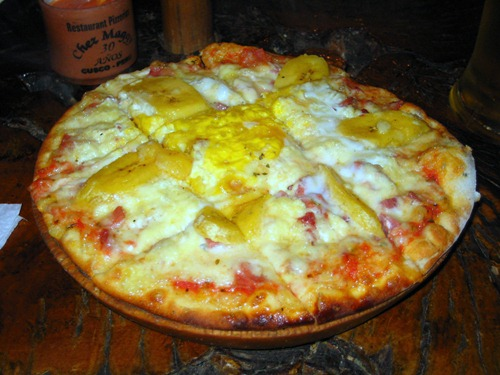 Pizza at Chez Maggy in Aguas Calientes