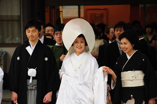 Traditional wedding in Yoyogi Park