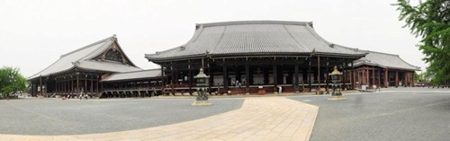 Hongwanji Temple complex panorama