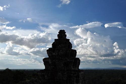 Example of bad framing at Angkor park