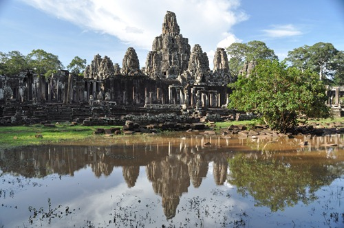 Angkor temple - reflection in the pond