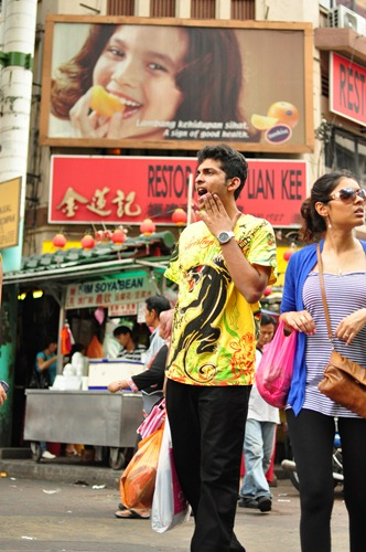 Shopping indecision on Petaling Street