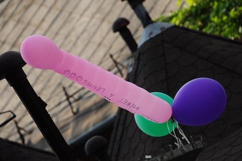 Balloon Penis