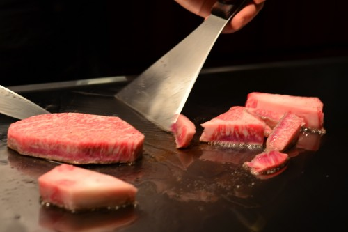 Slicing and dicing Kobe Beef
